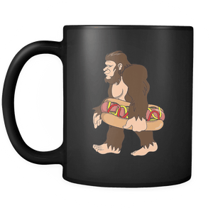 RobustCreative-Bigfoot Sasquatch Carrying Hotdog - I Believe I'm a Believer - No Yeti Humanoid Monster - 11oz Black Funny Coffee Mug Women Men Friends Gift ~ Both Sides Printed
