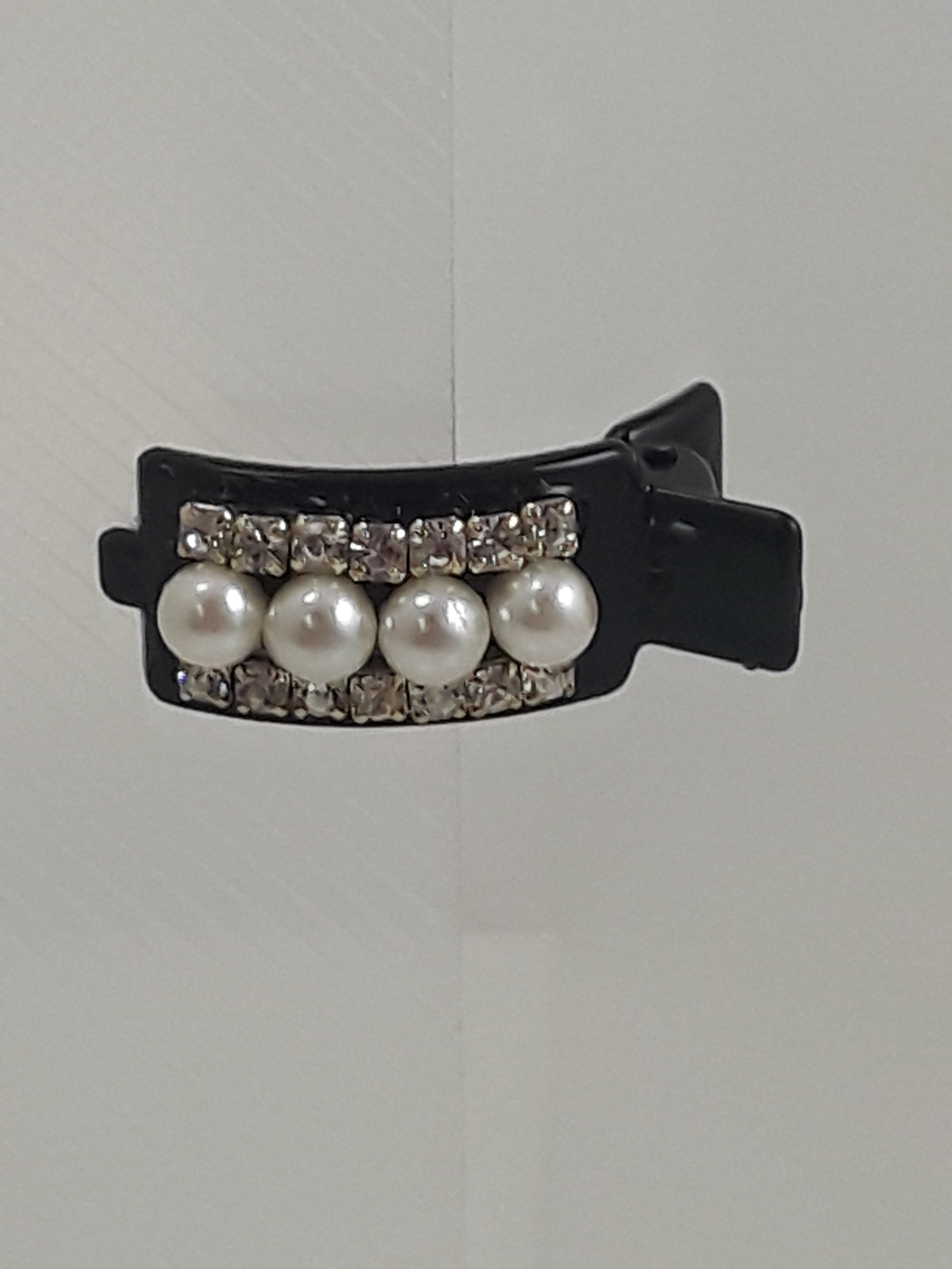 Hair Clip with Pearls & Diamonds