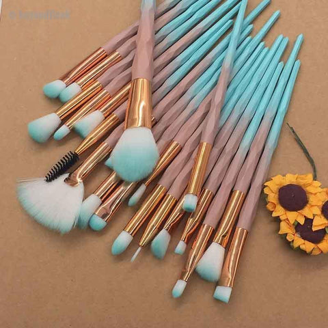 20pcs Blue Diamond Beauty Contour Makeup Brush Set