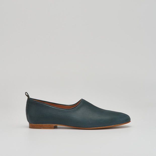 ballet flat leather shoe in agave