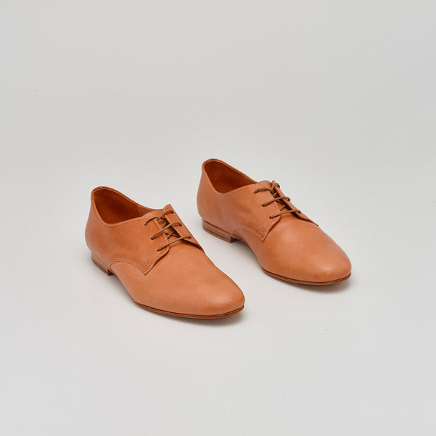 natural leather derby shoe