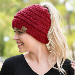 Knit Ponytail Beanie red