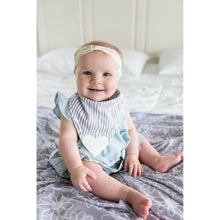 Load image into Gallery viewer, Swaddle Buds- Breathable Stretchy Wraps- Grey Flower