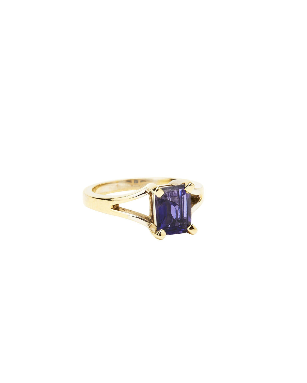 Iolite on 14k White Gold