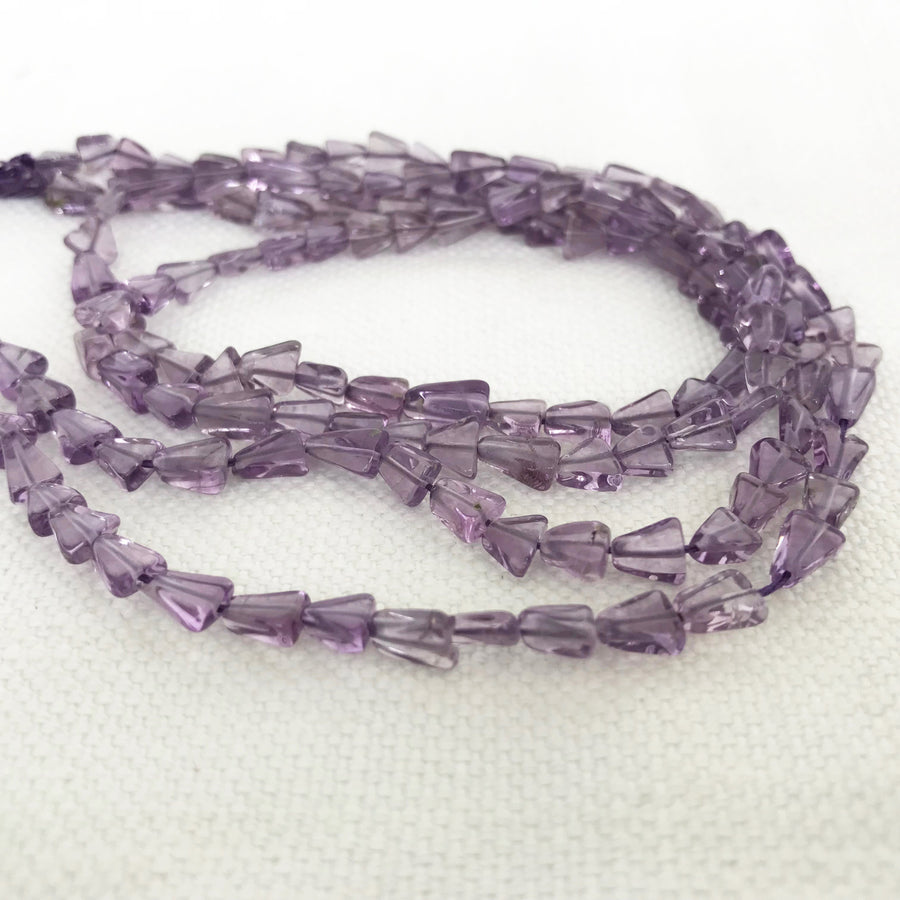 Amethyst Triangle Bead Strand (AME_054)