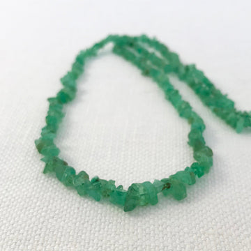 Emerald Chip Graduated Bead Strand (EME_006)