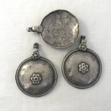 Silver  Disc Pendant (INS_097)