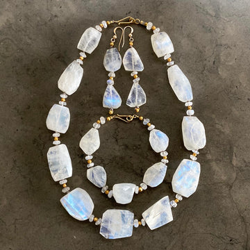 Moonstone Necklace, Bracelet, Earring Set (MOO_G001j)