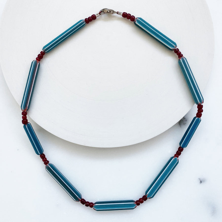 Glass Chevron Necklace With Red Spacer Beads (VIN_008j)