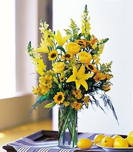 Valentines Day Assorted Yellow Vase