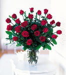 valentines day 2 dozen red roses