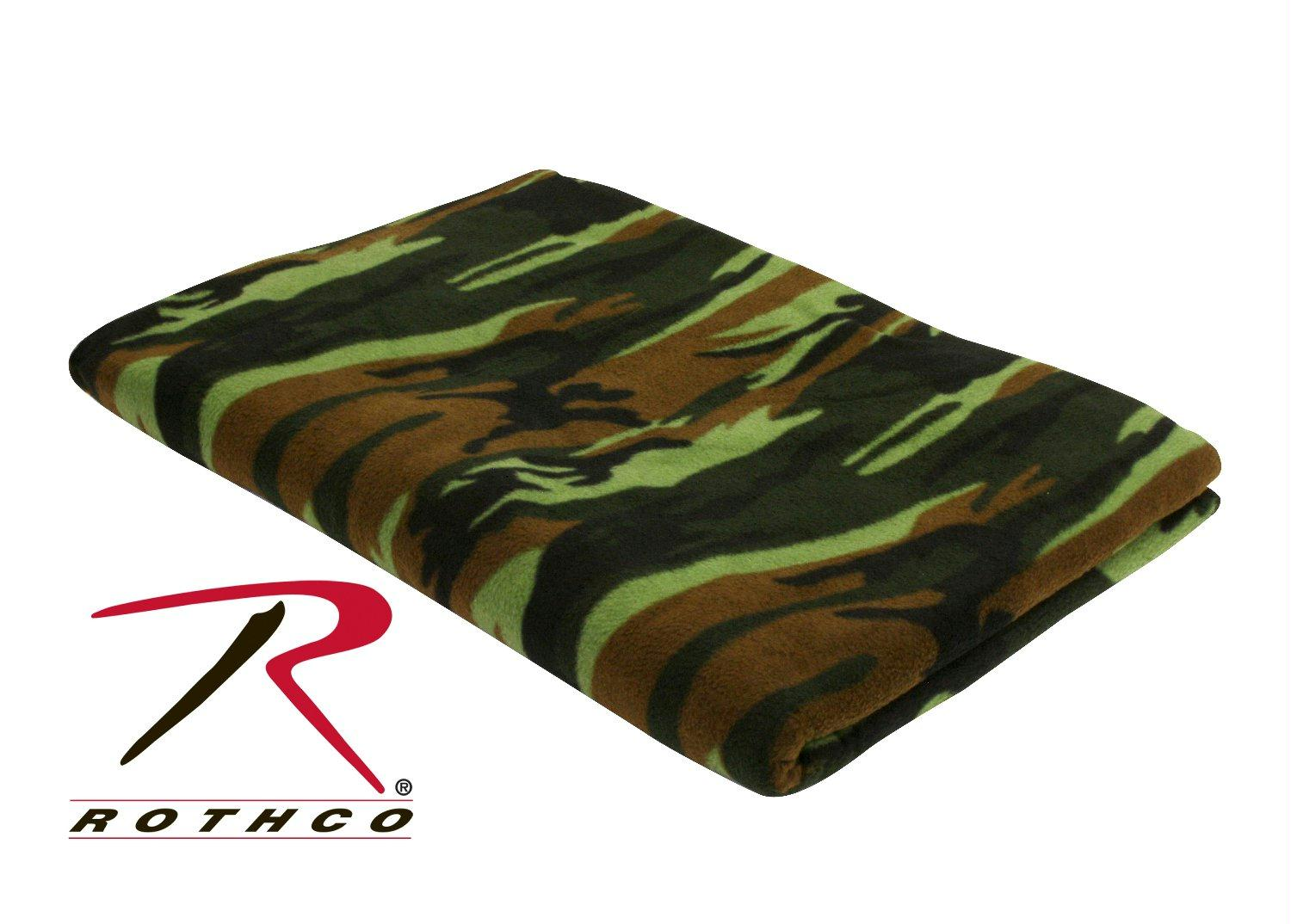 Rothco Camo Fleece Blanket - Woodland Camo