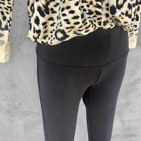 Multiples: Slim-Sation Black Knit Ankle Legging