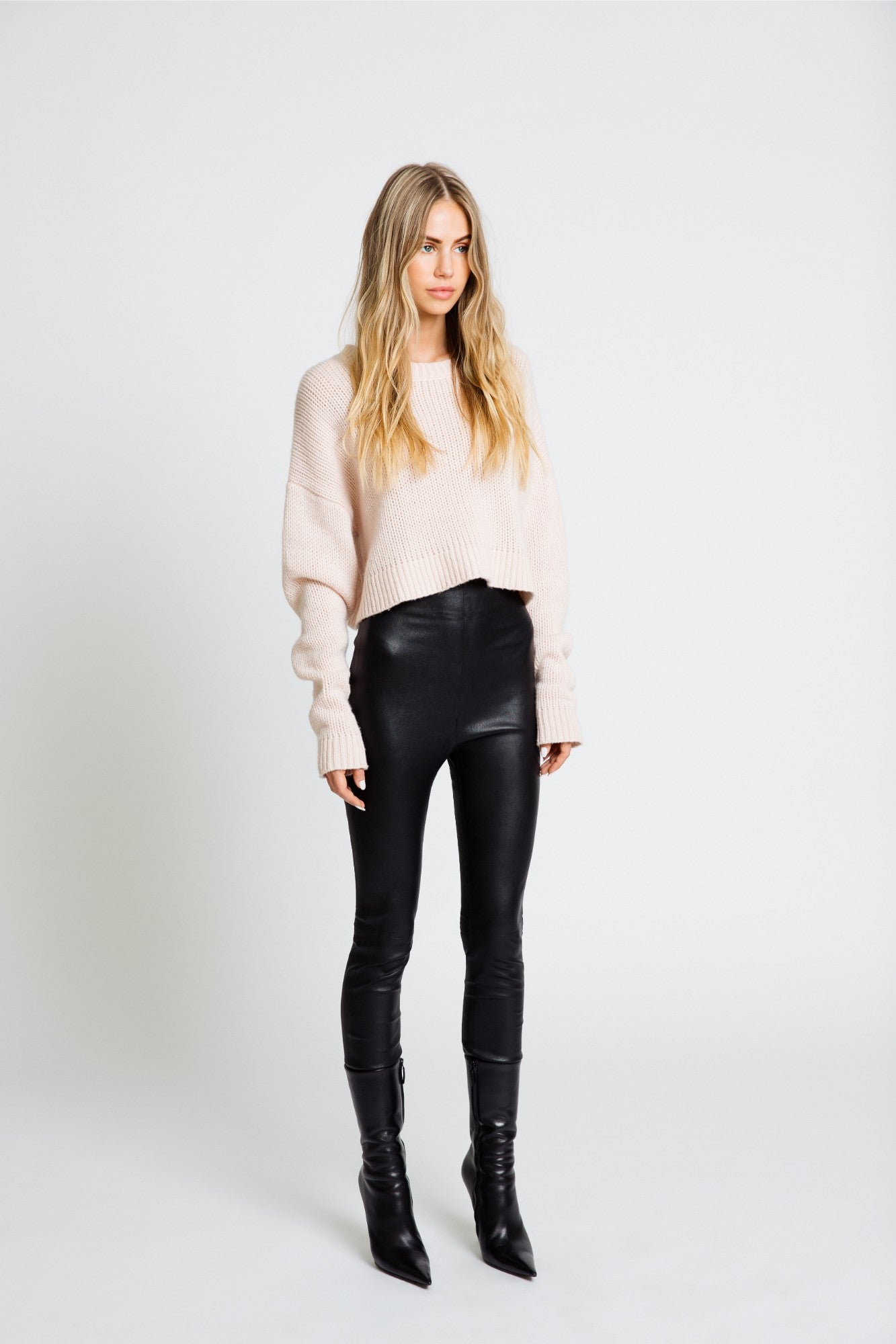 MERCY CROPPED CHUNKY SWEATER | POWDER