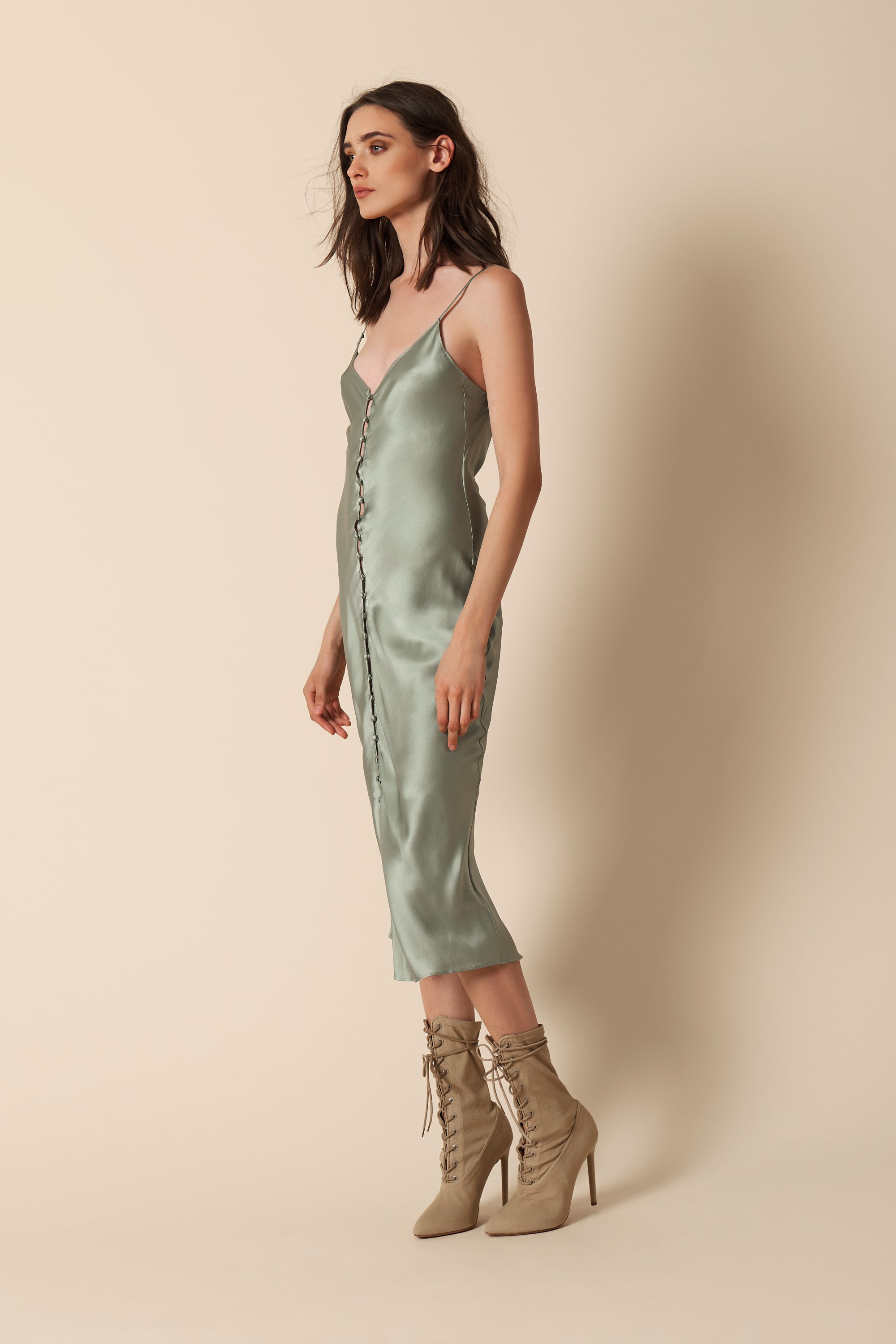 CARLA COVERED BUTTON SLIP DRESS | MINT