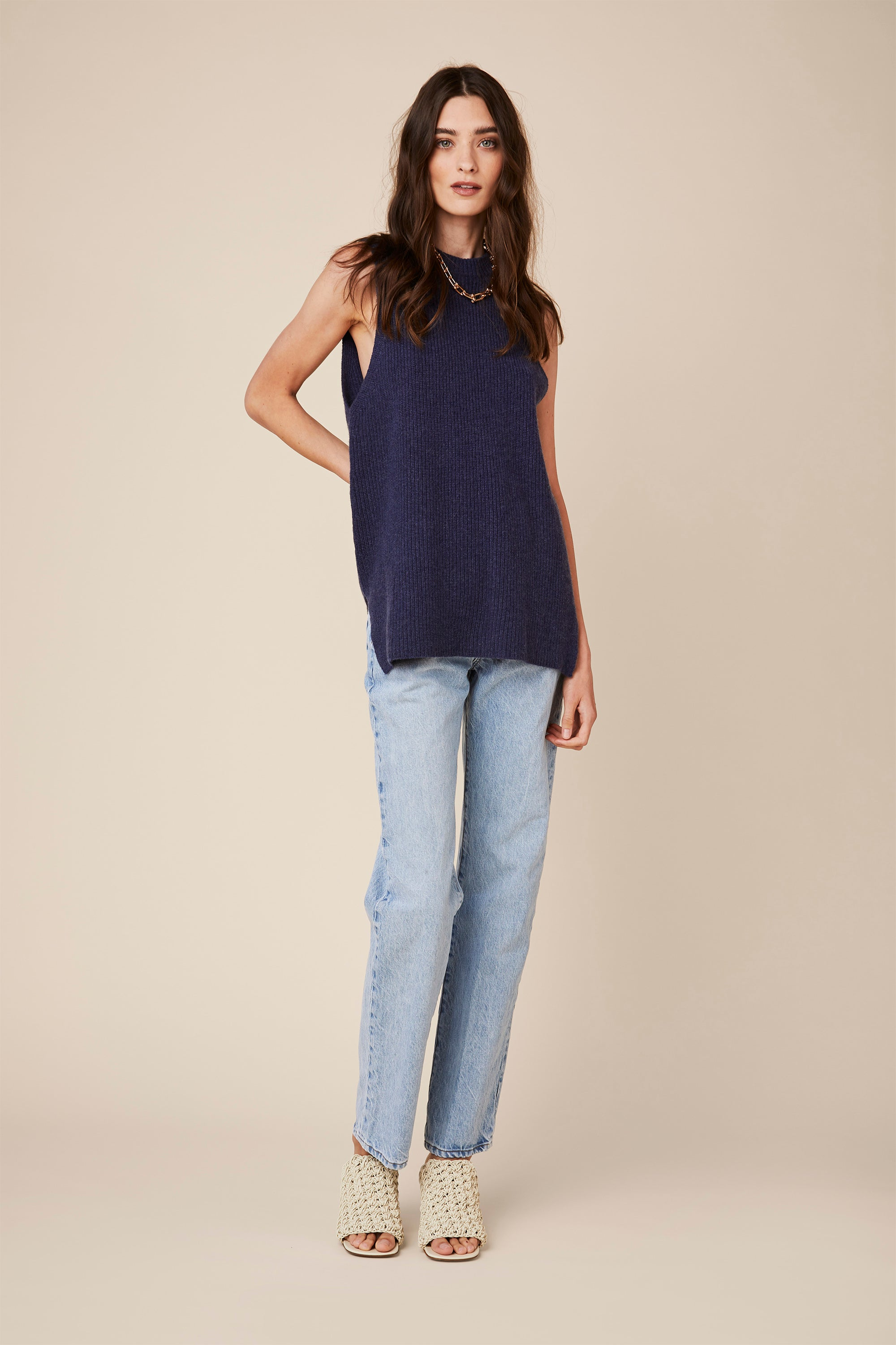 ASHLEY SLEEVELESS CASHMERE TOP | BLUE DENIM