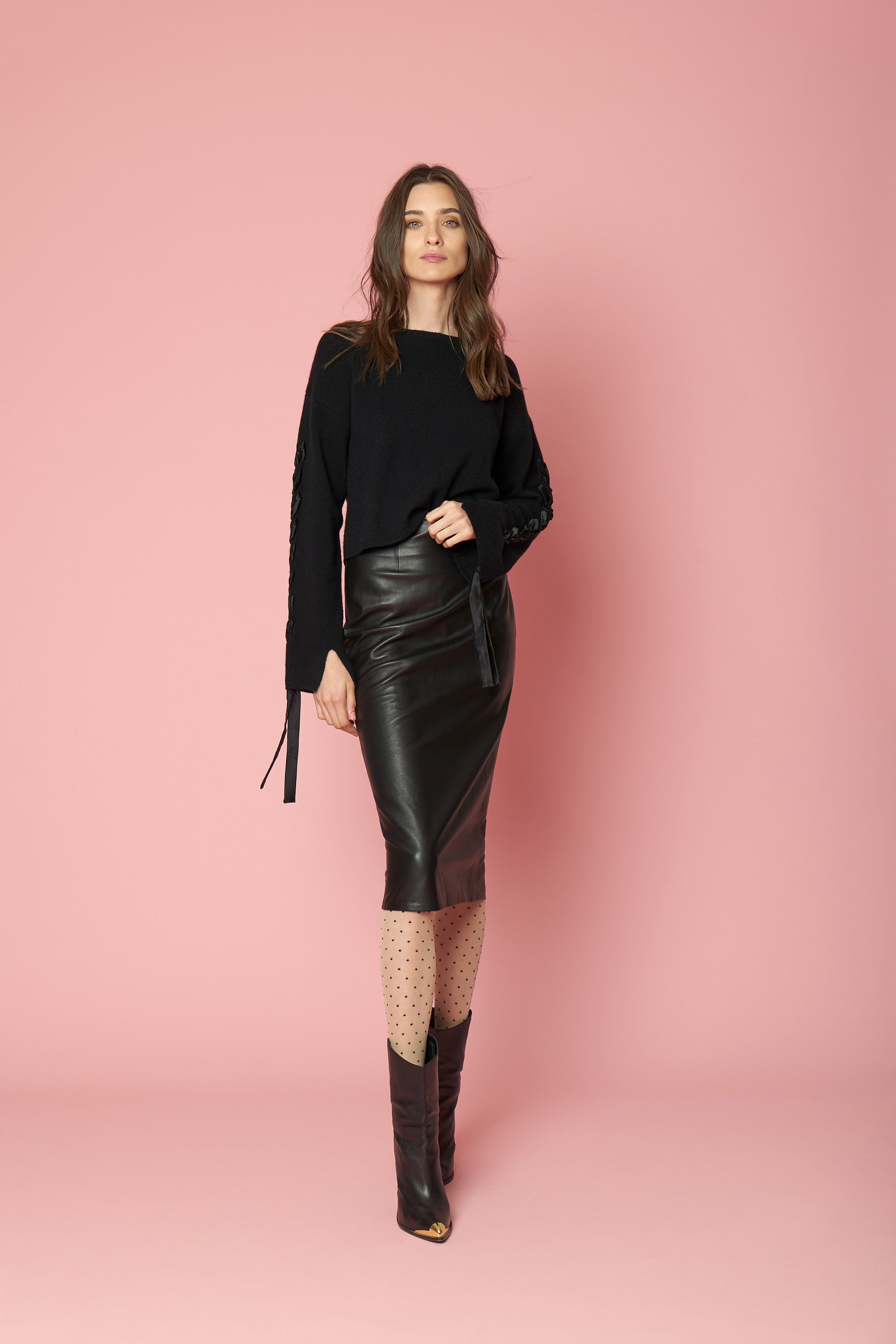 RUBY CASHMERE PULL OVER | BLACK