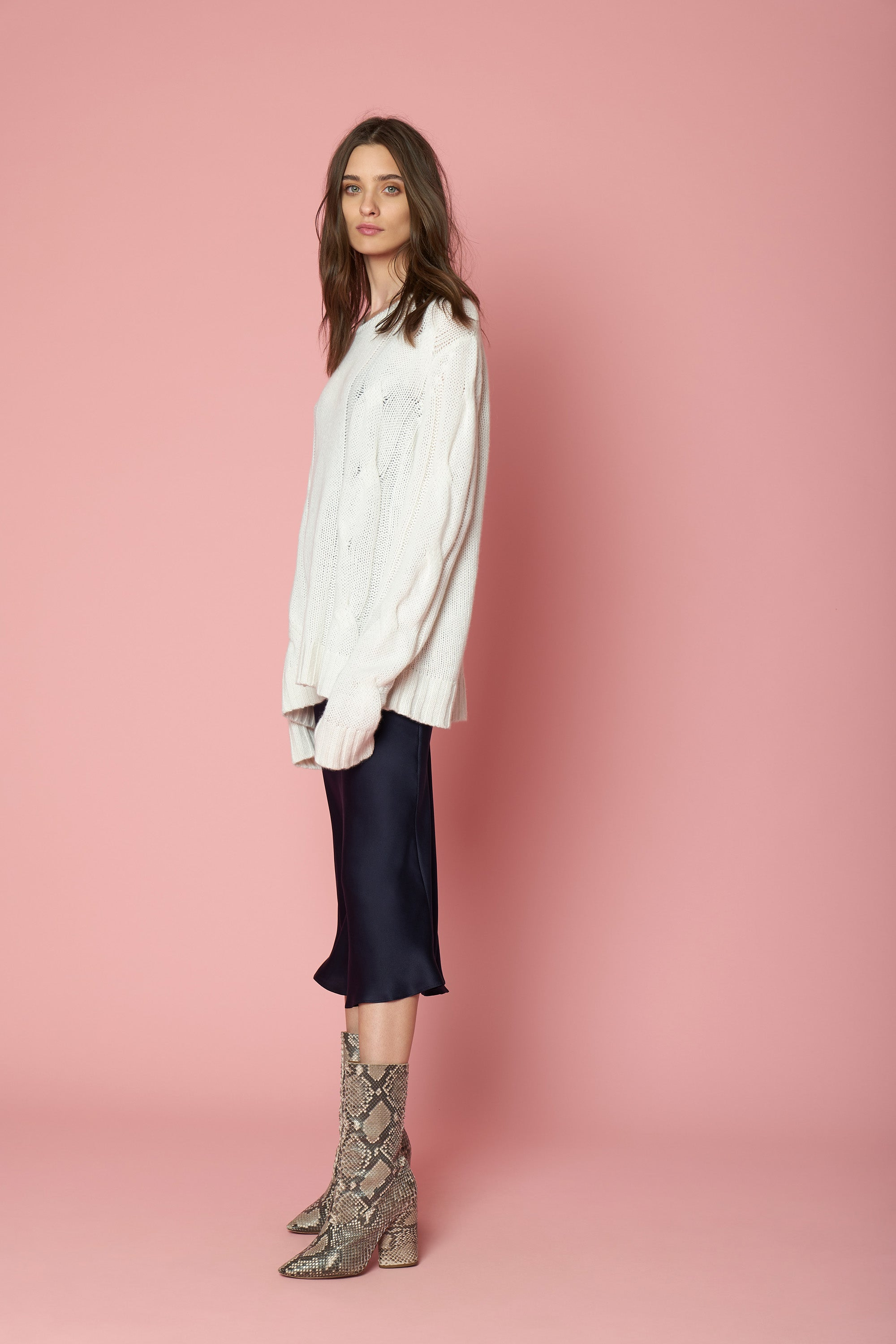 KATE CASHMERE PULLOVER | MILK - FINAL SALE