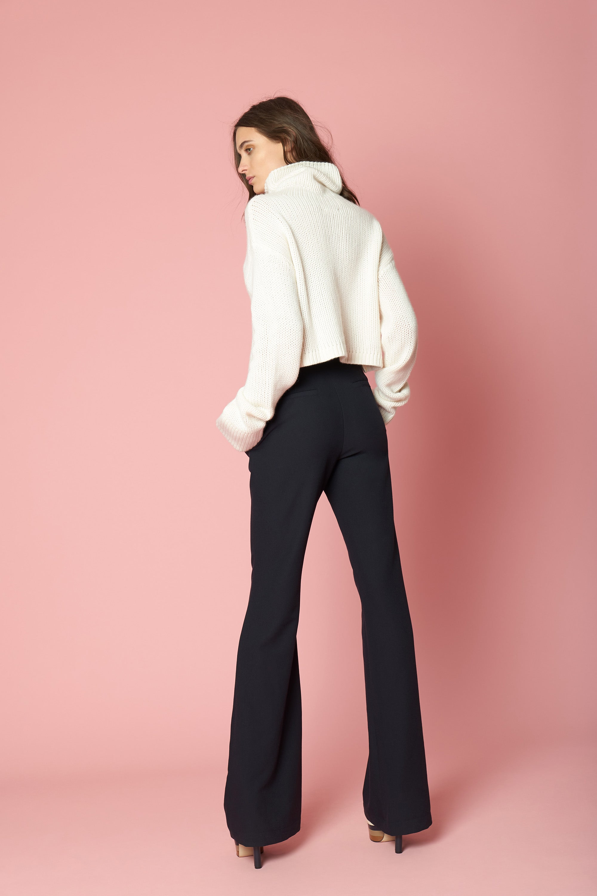 SHAY CROPPED CASHMERE TURTLENECK | MILK
