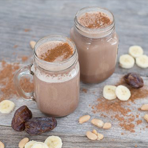 """Cinnamon Roll"" Morning Smoothie"