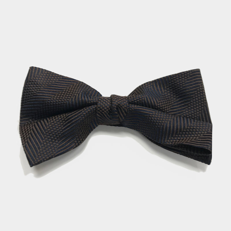 The Fast Pace Bow Tie