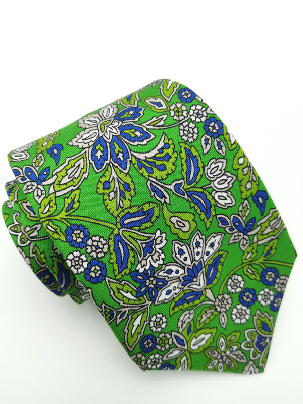 Rolled Greenery in Motion tie