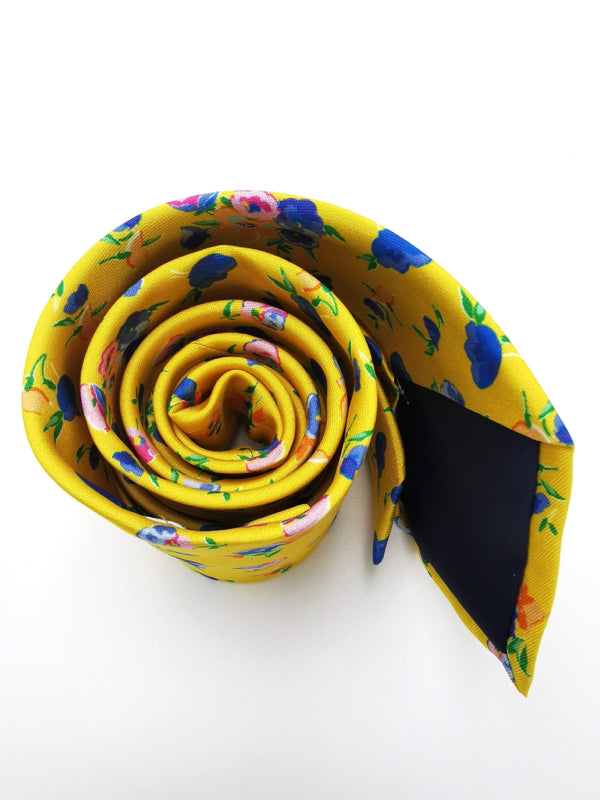 Yellow Spring Garden tie rolled zoom