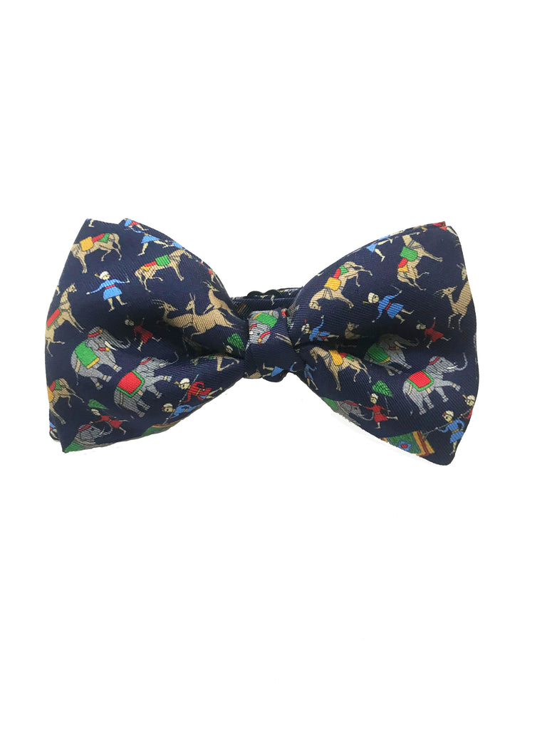 Chivalry Ages Bow Tie in Blue