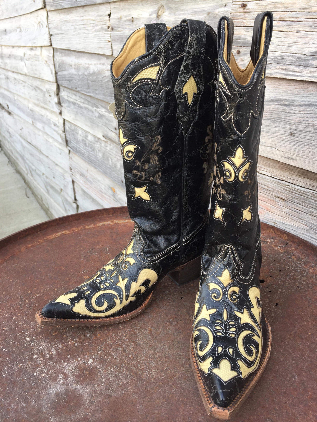 Vintage Black & White Lizard Corral Boots