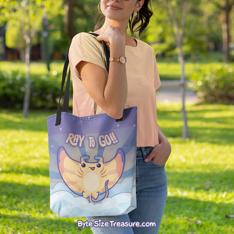 Ray to Go, Manta Ray \\ Tote Bag