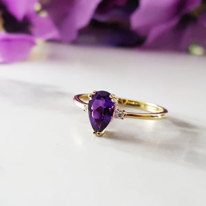 """Kinsley""14k Gold Amethyst Ring"