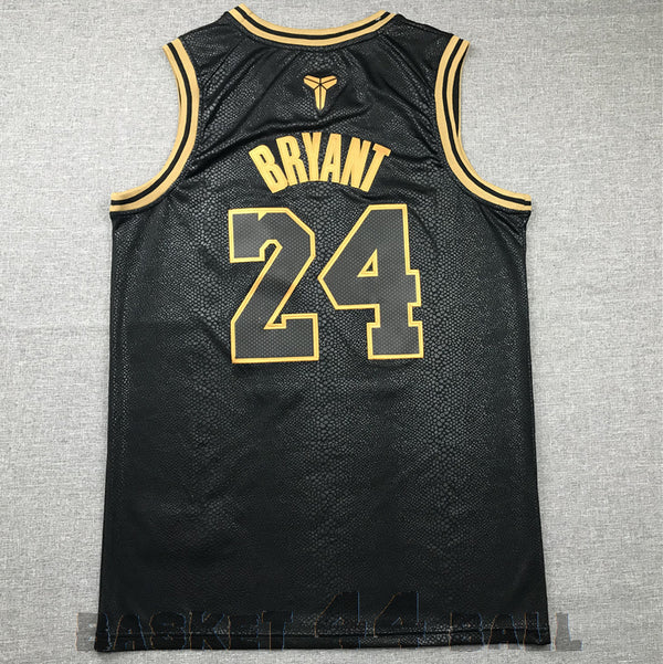 BRYANT Kobe (GOLDEN EDITION) BLACK MAMBA #24