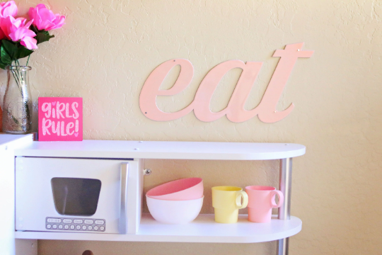 'EAT' Kids Playroom Kitchen Sign