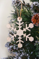 Wooden Snowflake Ornament Set | 6 Pieces