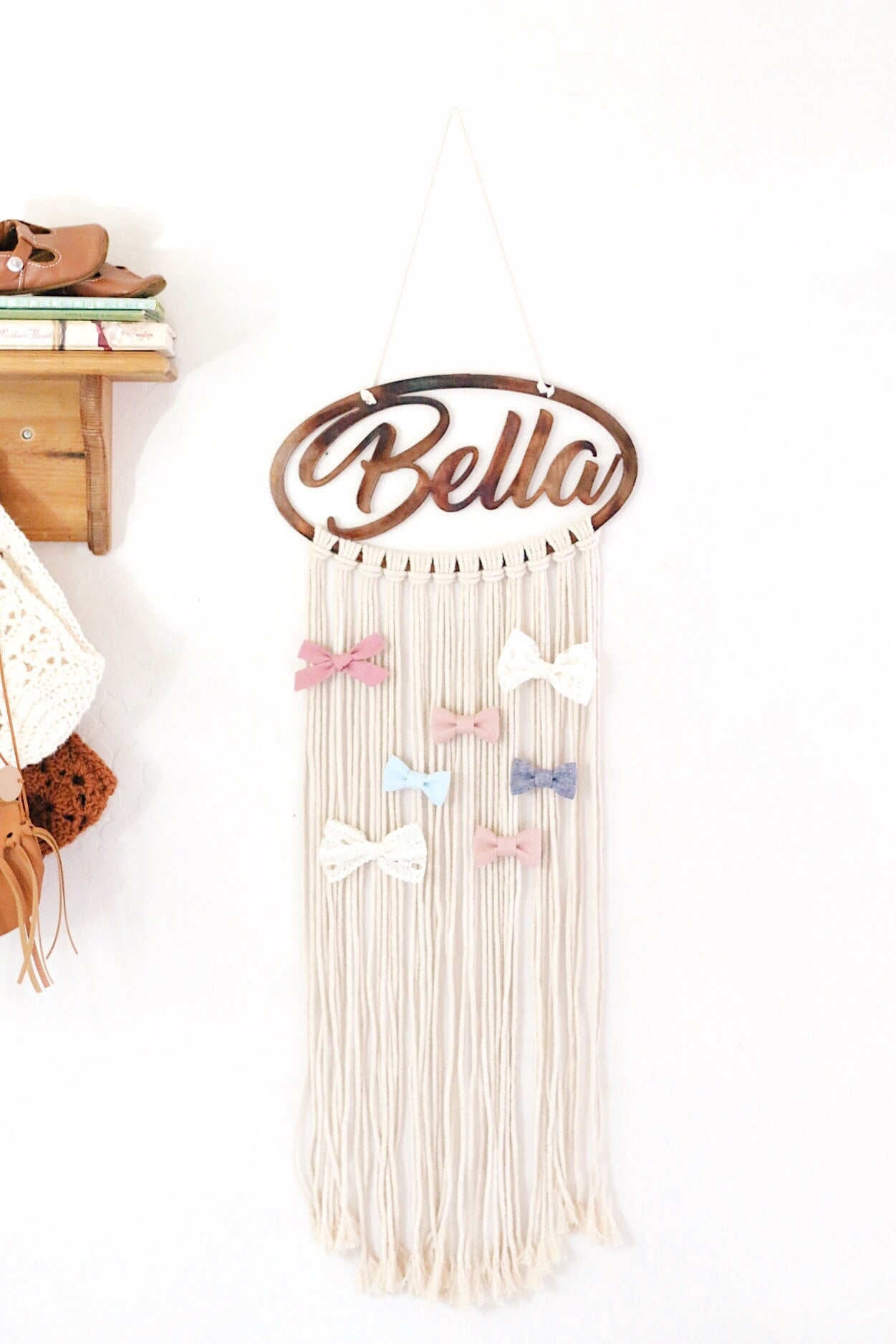Personalized Macrame Bow Holder / Wall Hanging - Dear Baby Kay