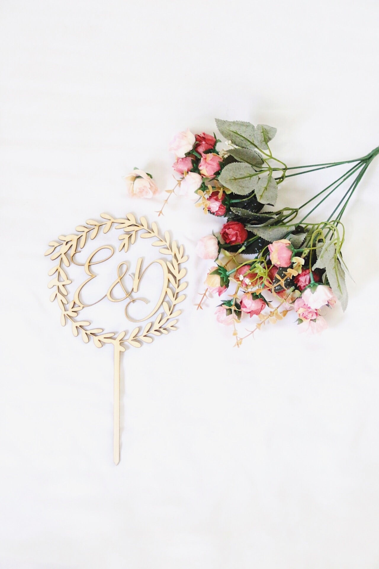 Wooden Wreath Cake Topper