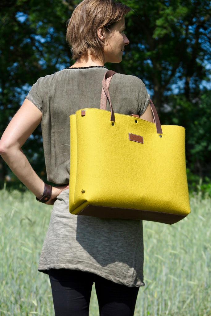 Yellow felt shopper bag - pure and natural bag
