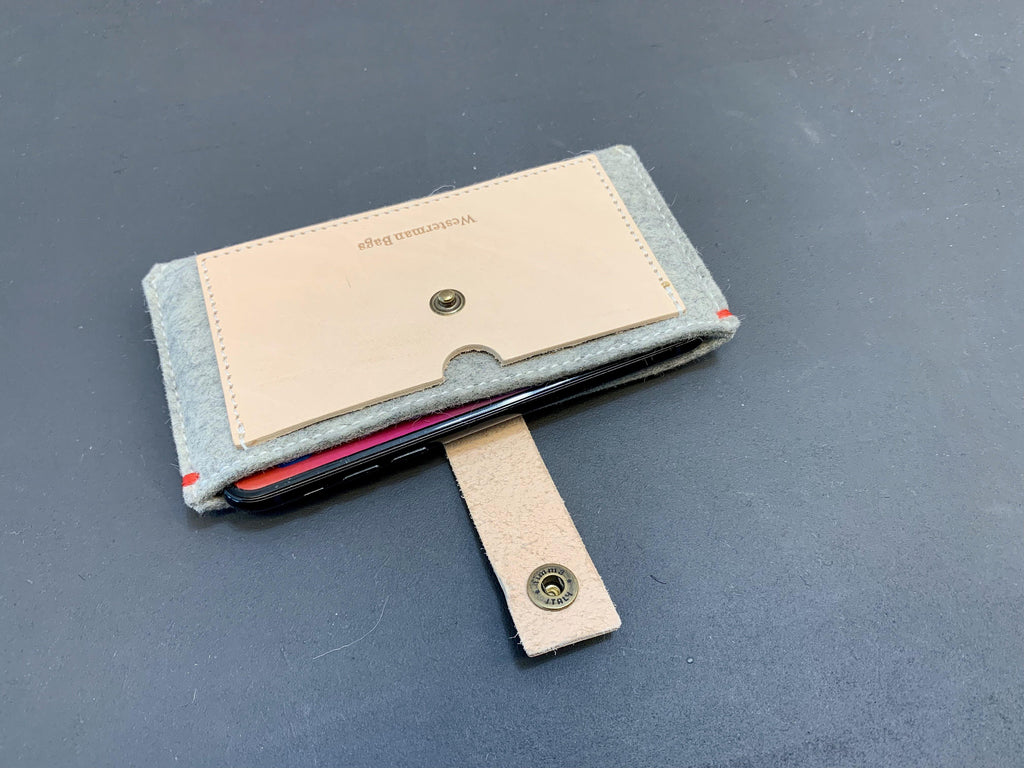 Blank leren iPhone Xs wallet