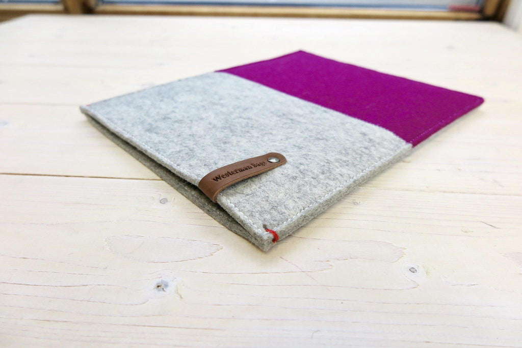 dark pink iPad sleeve made of pure wool felt