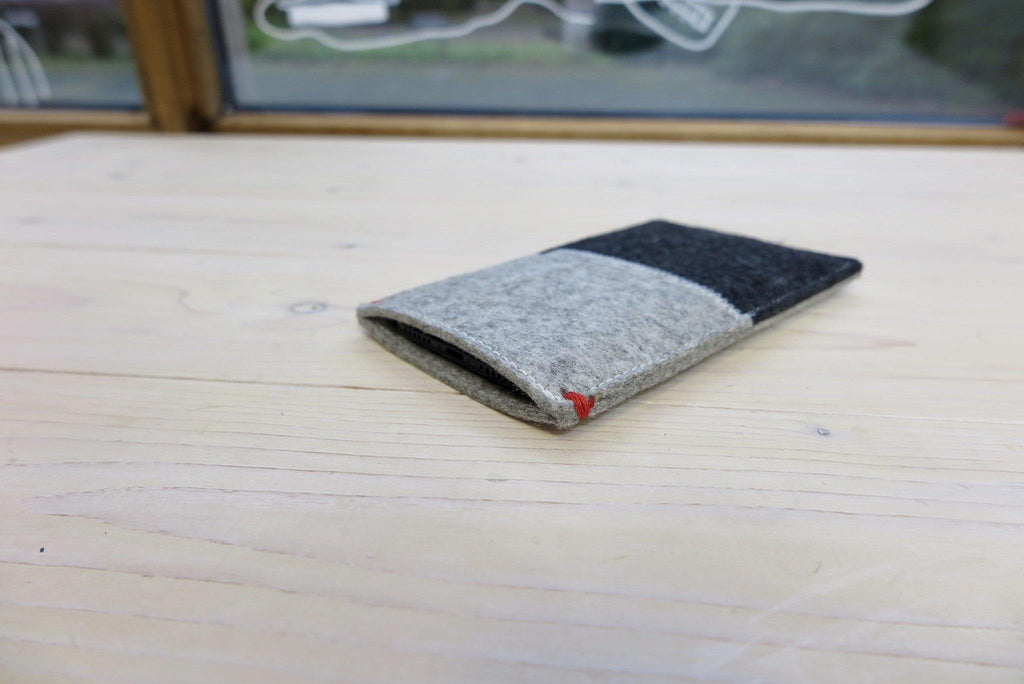 iPHone 11 case wool felt black and grey