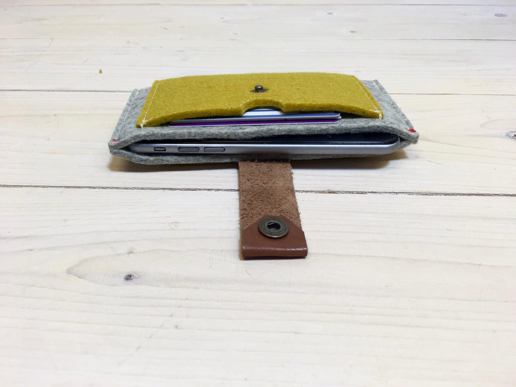 FELT WALLET for fair phone and iPhone