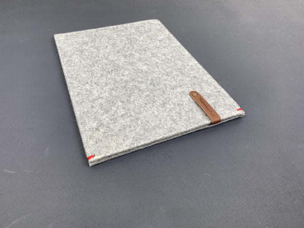 FUNCTIE case felt |  Macbook Pro Air | grey - Westerman Bags vilten tassen en hoezen. Dutch Design.