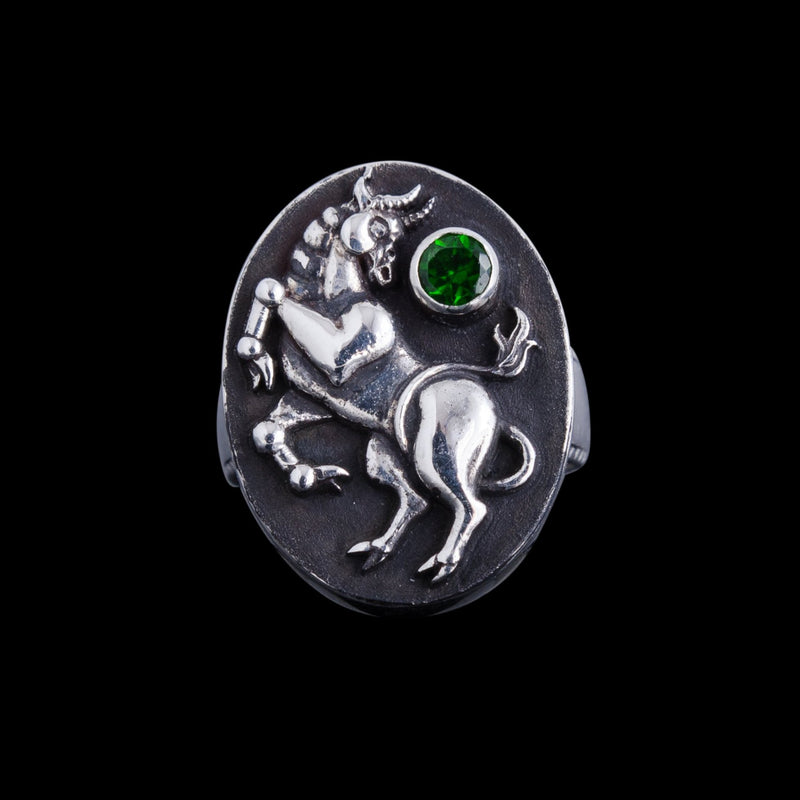 Taurus Ring with Chrome Diopside Gemstone