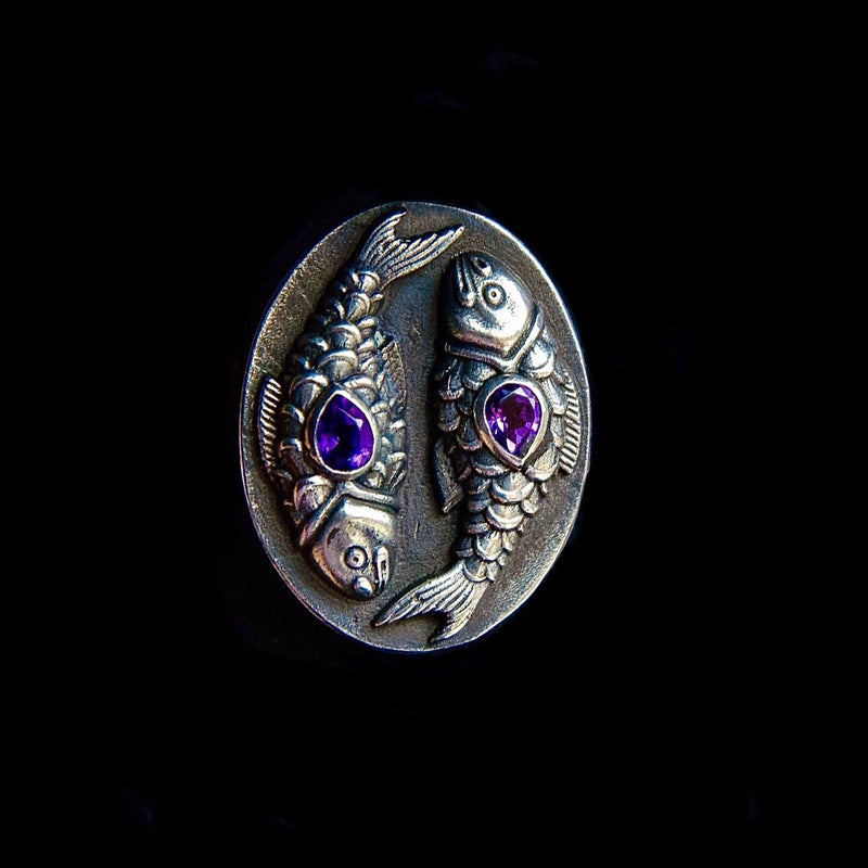 Pisces Ring with Amethyst Gemstones