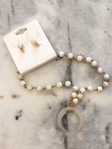 White Ready to Run Beaded Necklace + Earrings