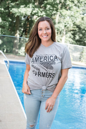 America Needs Farmers farm life grey graphic tee