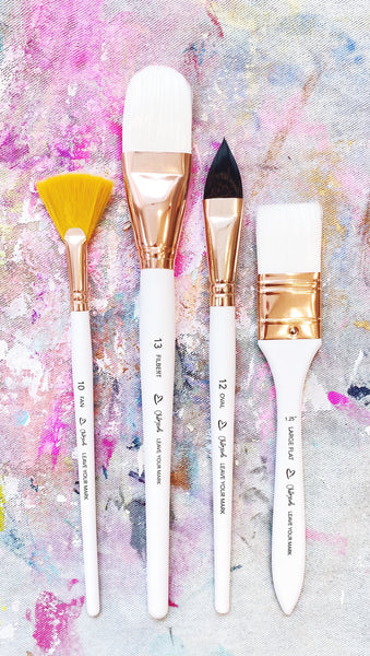 White Paint Brush Set