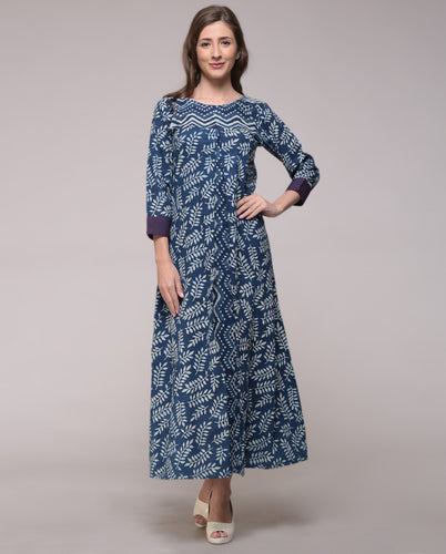 DABU INDIGO PLEAT EMBROIDERED LEAF PRINTED DRESS