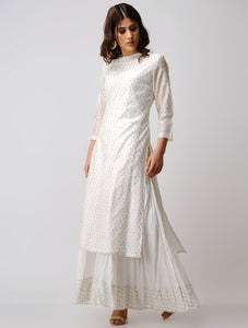 Gold hand block printed chanderi kurta with keyhole neckline and side cut. Apt for all occasions and also handmade