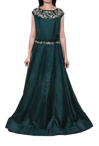 Emerald green lotus embroidery gown with belt